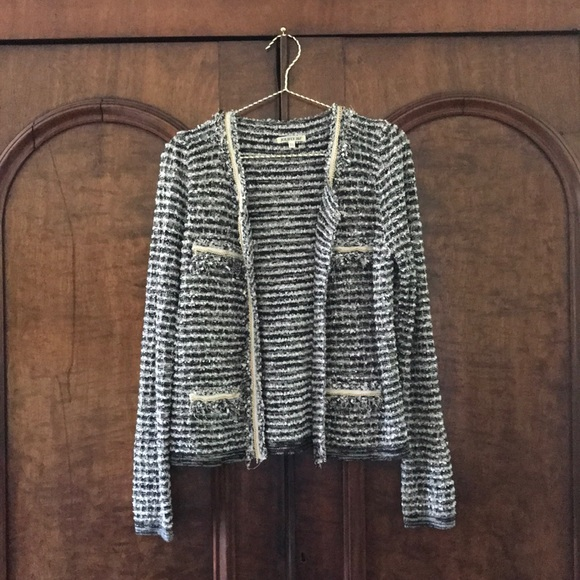 77aa59e6b French Black and White Boucle Jacket w/ Gold Chain